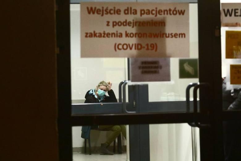 Koronawirus dusi gospodarkę. Polskie firmy boją się wariantu włoskiego i apelują o wsparcie rządu. Emilewicz pracuje nad pomocą