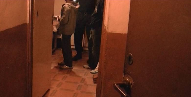 Pijany 16-latek zaatakował nożem wujka. Jego 16-letnia dziewczyna poroniła (zobacz wideo z interwencji)