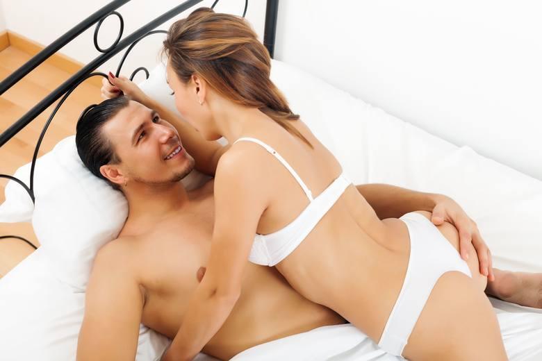 Mediana ogólnopolska godzinowego wynagrodzenia panów świadczących usługi seksualne to 150 zł. Z kolei za noc mediana wynagrodzeń wynosi 1 000 zł. Najczęściej