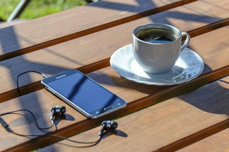 15 lipca przypada Dzień Bez Telefonu Komórkowego. Jednak dla niektórych może on nadejść szybciej. Mowa o tych, którzy nie płacą za usługi telekomunikacyjne.