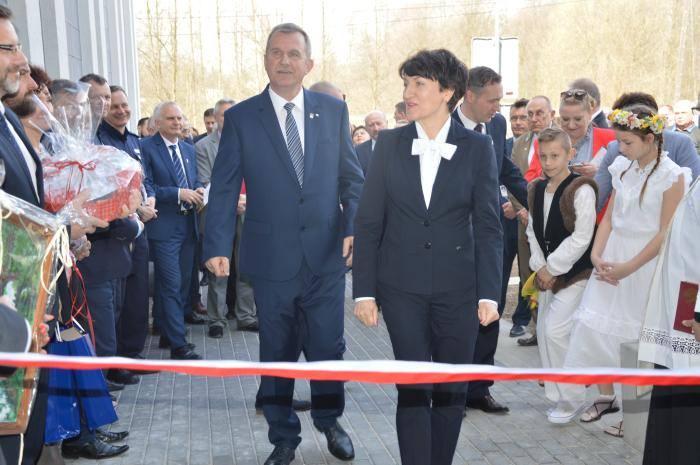 Otwarcie domu kultury i urzędu gminy w Lubrzy