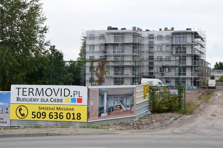 Pomiędzy ulicami Sokola, Wiejska i Spółdzielcza w Skarżysku-Kamiennej powstaje inwestycja NOVA Sokola, która jest kontynuacją inwestycji NOVA Spółdzielcza,