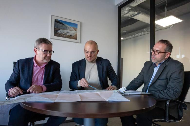 Od lewej: Mariusz Piątkowski, Krzysztof Migdał i Marcin Korusiewicz.
