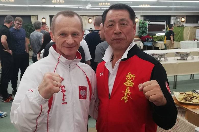 Andrzej Horna z Klubu Karate Morawica w Japonii zdał egzamin na 3 dan. -Lekko nie było - 10 walk w sumie, w tym dwie z mistrzynią świata Emi Sho Guchi