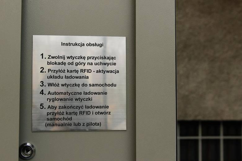 Pierwsza w krakowie stacja ladowania pojazdow umiejscowiona na placu na groblach
