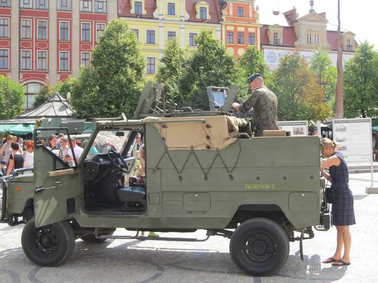 Wrocław: Święto Wojska Polskiego na Rynku i placu Solnym (ZDJĘCIA)