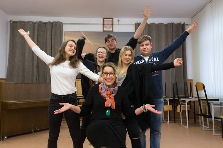 Marysia Kownacka, Ula Rodakowska, Julia Kołcia, Woźniak Damian i Maciej Guzowicz oraz Gracjana Chocha