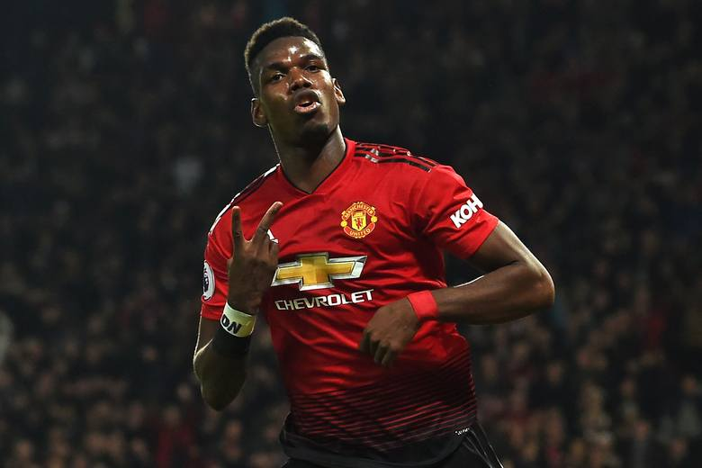 Manchester United z roku na rok notuje coraz słabsze wyniki w angielskiej Premier League. Dopiero początek kadencji Ole Gunnara Solskjaera zwiastuje