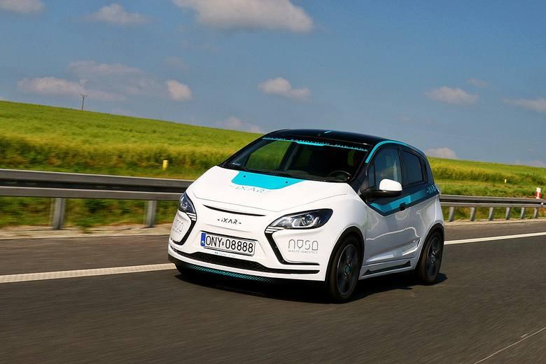 iXAR, prototyp elektrycznego samochodu z Nysy wyjechał na drogi.