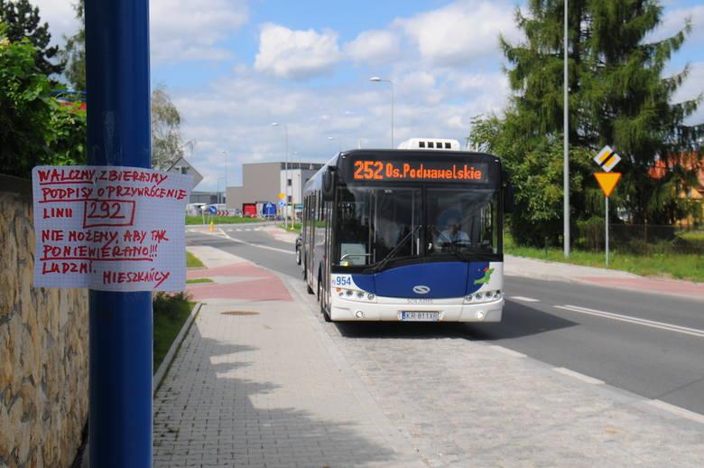 Nie chcąc się pogodzić z nową organizacją ruchu, mieszkańcy osiedla Bory postanowili zebrać podpisy za przywróceniem linii 292