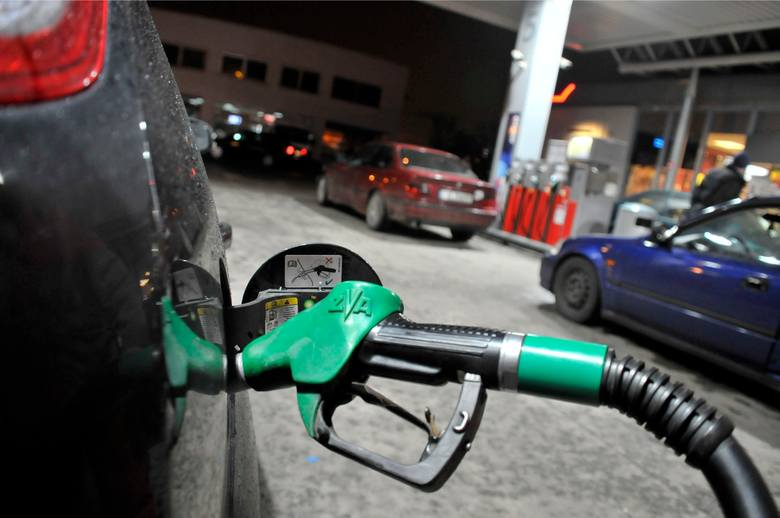 Ceny benzyny i oleju napędowego w górę. Koniec szczęścia kierowców