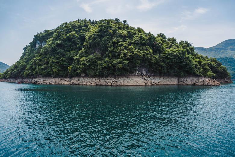 Wakacyjna wyspa tylko dla kobiet działa na Bałtyku. Mężczyznom wstęp wzbroniony