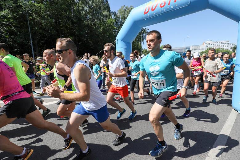 To była rekordowa edycja charytatywne sztafety maratońskiej, która już po raz czwarty odbyła się w Białymstoku. W biegu głównym wystartowało 229 drużyn