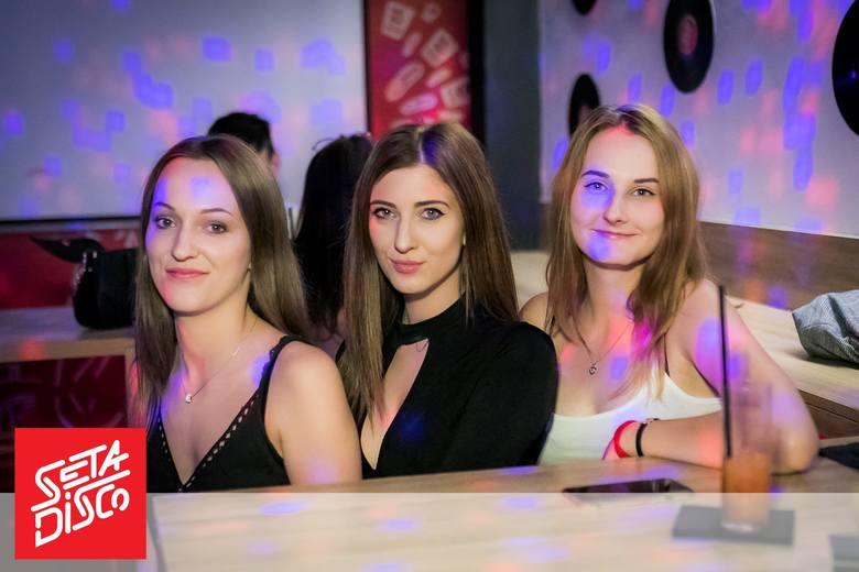 Bydgoszczanie uwielbiają się bawić w pubie Seta Disco. Imprezy w samym centrum miasta są bardzo udane, a zabawa trwa do białego rana. Zobaczcie fotorelację