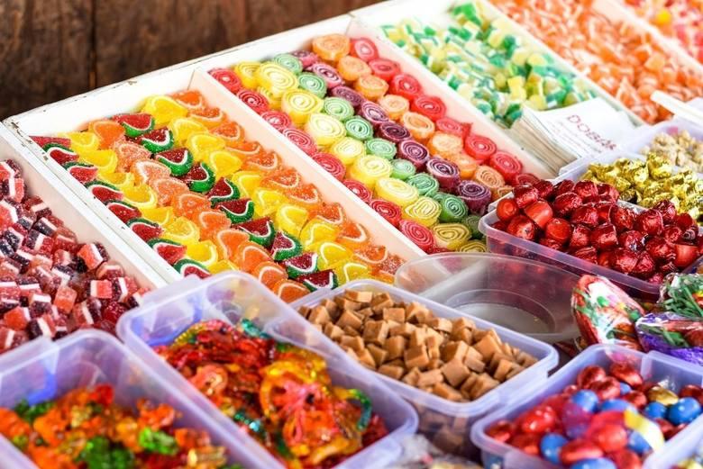 Podatek od cukru w 2020 roku. Słodycze i napoje w Polsce droższe? Czy będzie nowy podatek? Jakie jest stanowisko Polskiej Izby Handlu?