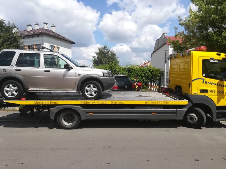 Kolejny raz Straż Miejska odholowała samochody z Fredry i Śniadeckich w Rzeszowie