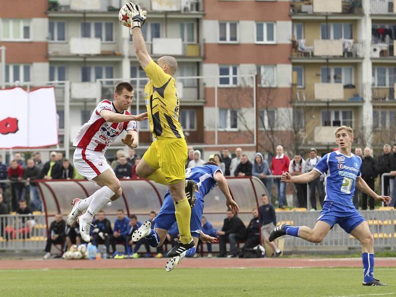 <strong>Resovia – Stal Rzeszów 0:0</strong>