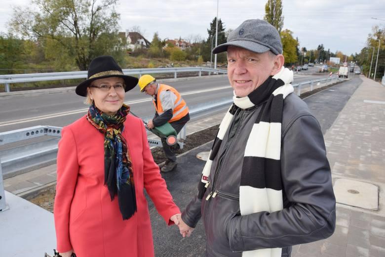 Barbara i Waldemar Babiszewscy mieszkają na Oporowie. Na nowy most czekali 30 lat.