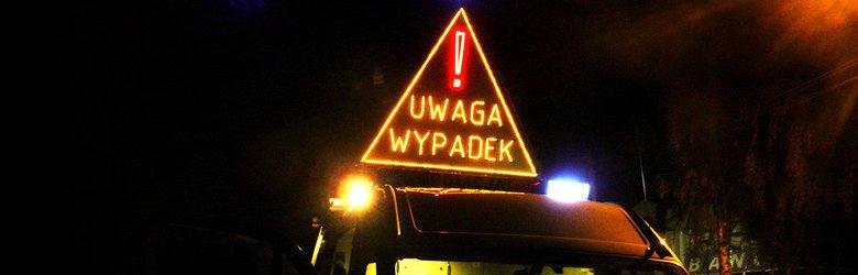 Karambol pod Skierniewicami. Obywatel Tadżykistanu i Ukrainka holowali samochód na autostradzie A2