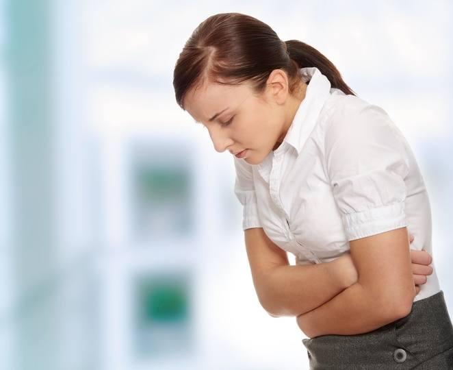 przepuklina, objawy przepukliny, ból brzucha