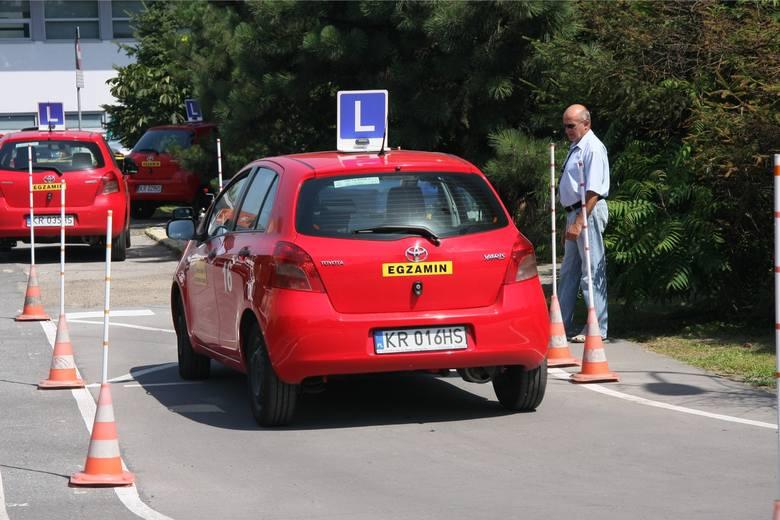 W Małopolskim Ośrodku Ruchu Drogowego przy ul. Nowohuckiej 33a w zeszłym roku za pierwszym razem egzamin na prawo jazdy kategorii B zdało 37,32 proc.