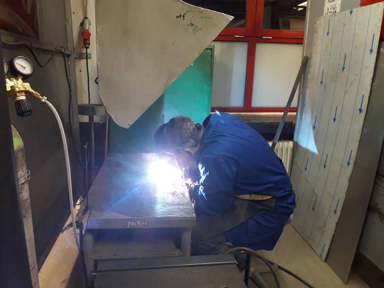 Powiatowe Centrum Edukacji w Pile zapewnia praktyczną naukę uczniom wszystkich szkół branżowych i techników powiatu