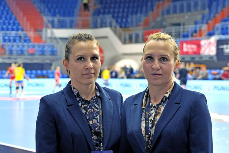 Jak zamienić piłkę na sędziowski gwizdek, czyli o krakowskich bliźniaczkach Małgorzacie Lidackiej i Urszuli Lesiak [ZDJĘCIA]