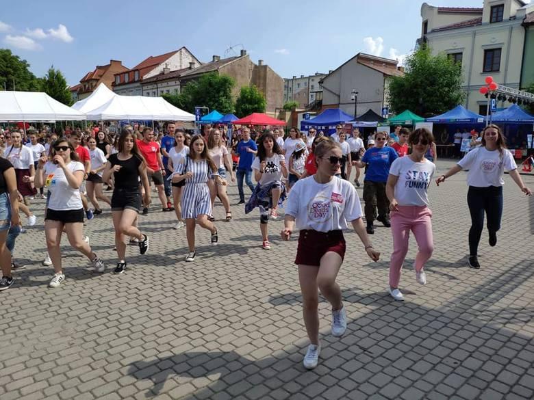 W sobotę w Opatowie, pod patronatem Zakładu Doskonalenia Zawodowego, Regionalnego Centrum Wolontariatu oraz organizacji Liderzy dla Młodzieży odbył się