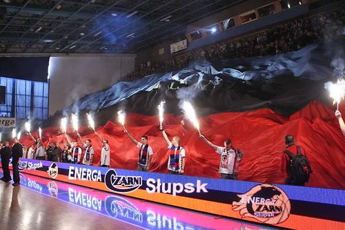 Czarni Slupsk - Basket Poznan 77:73. (Fot. Lukasz Capar)