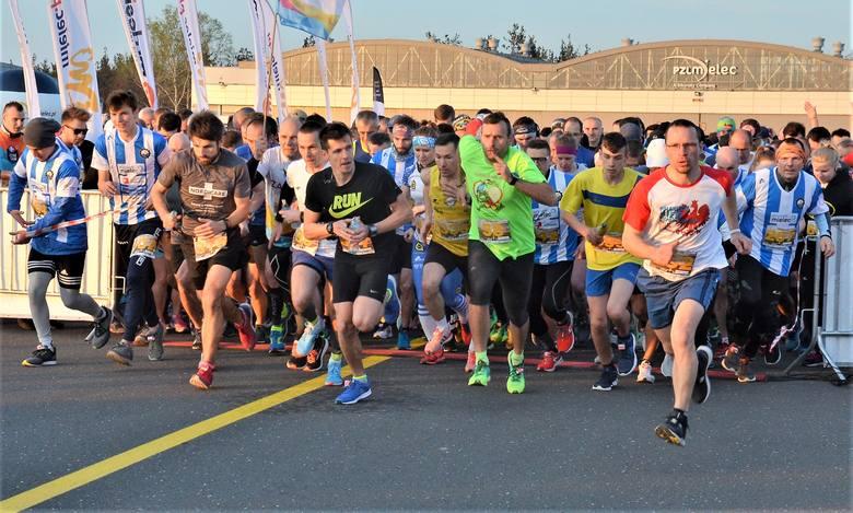 Prawie 700 osób wzięło udział w Biegu 80-lecia Stali Mielec. Bieg odbył się na mieleckim lotnisku, a trasa liczyła 6,5 km. Na metę najszybciej dobiegł