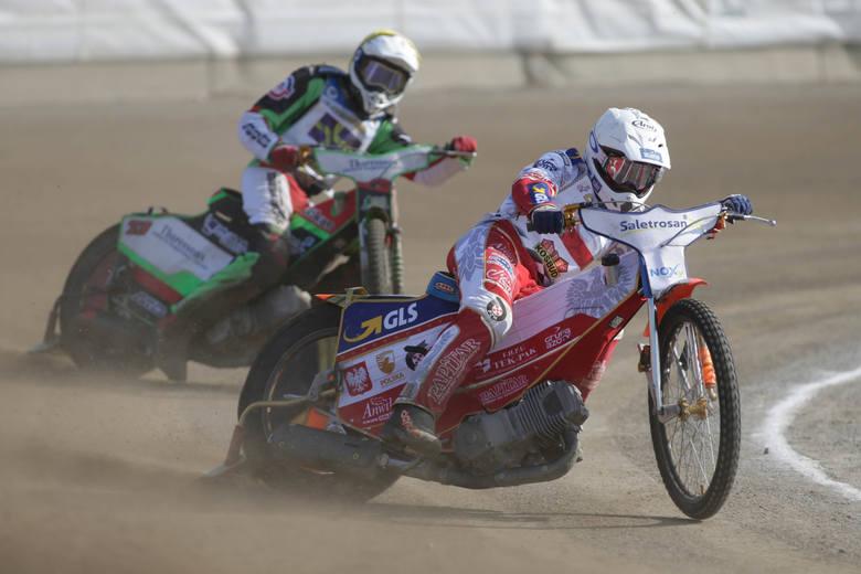 Zobacz walkę Wiktora Lamparta w mistrzostwach Europy juniorów w Równem (ZDJĘCIA)