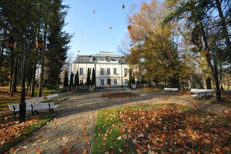 Pałac Małachowskich został wybudowany w latach 70. XVIII wieku