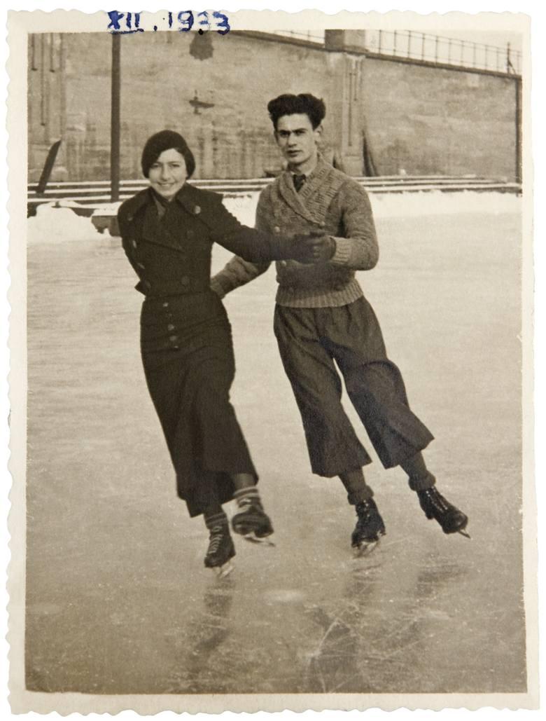 Fira i Maks Brandt na lodowisku AZS-u przy ulicy Noskowskiego 4.
