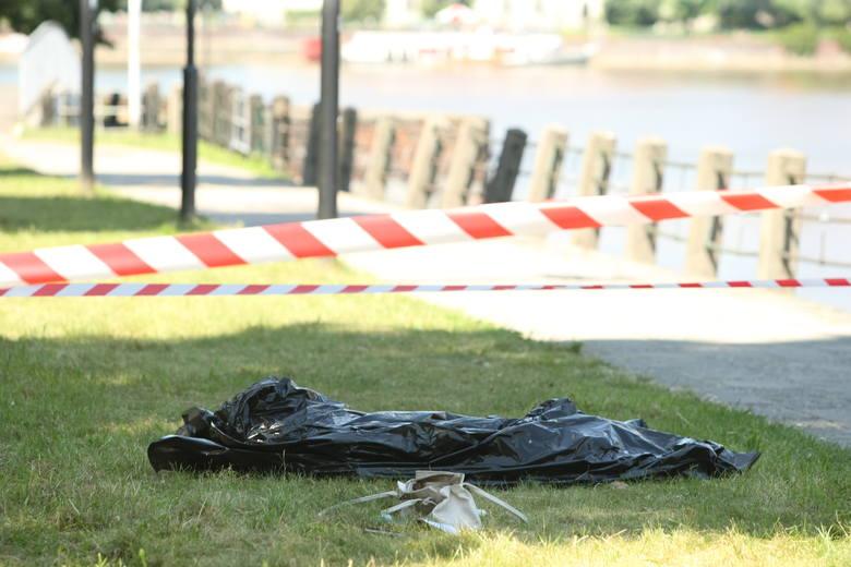 Wrocław: Martwa kobieta przy moście Pokoju. Jej zaginięcie zgłoszono wczoraj