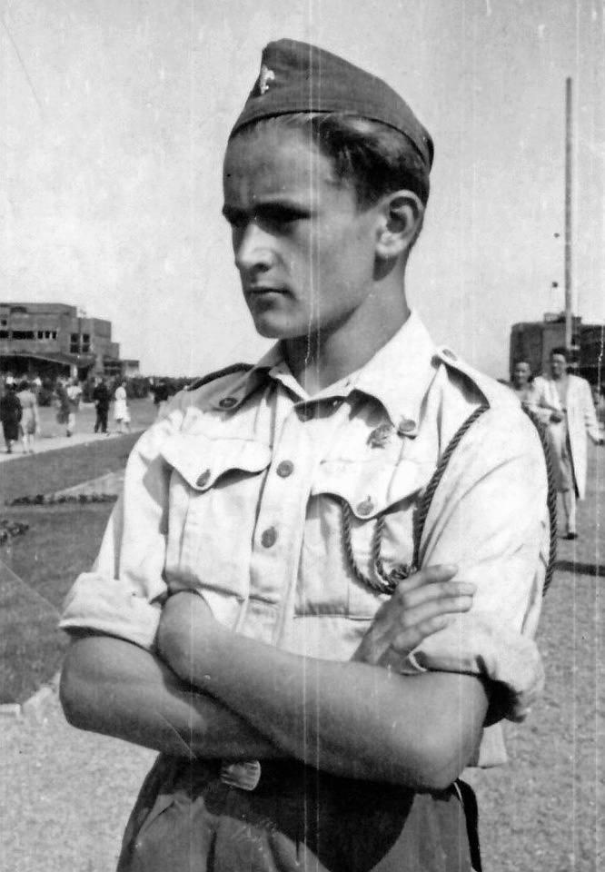 Harcerz Jurek Gebert. Gdańsk 1945 r.