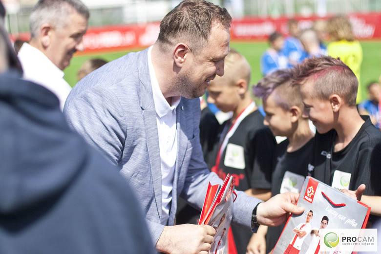 Za nami piłkarskie emocje związane z wielkim finałem turnieju piłki nożnej dla dzieci z małych miejscowości i wsi, PROCAM CUP 2019. Najlepszą drużyną