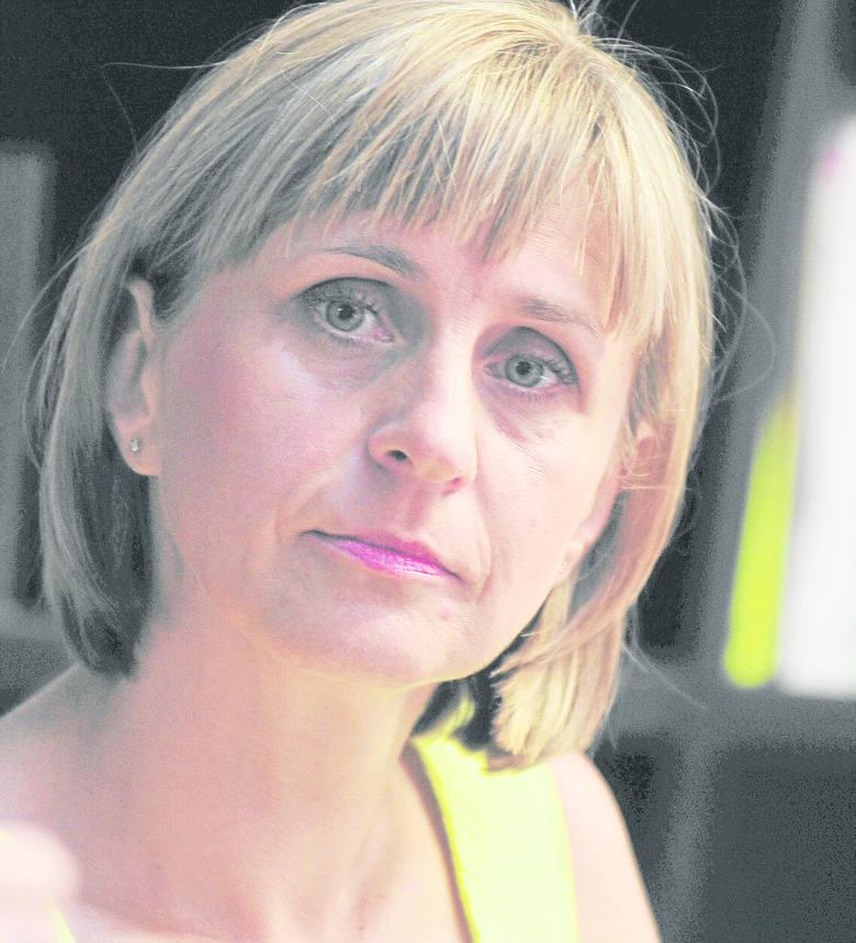 - Teczka z postulatami zainspirowała mnie do sięgania coraz głębiej i głębiej w odtwarzaniu społecznego tła Sierpnia - mówi Anna Machcewicz.