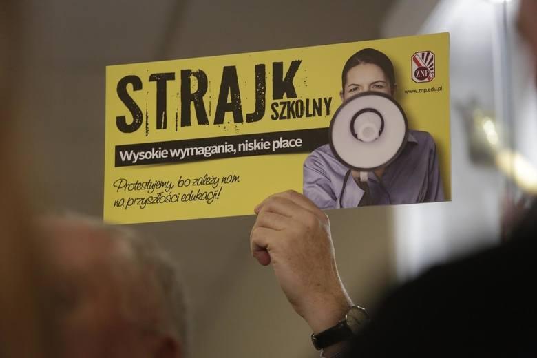 Zarząd Główny Związku Nauczycielstwa Polskiego debatował na temat ewentualnego odwieszenia akcji protestacyjnej prowadzonej wiosną. Sławomir Broniarz,