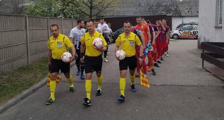 W trzecioligowym meczu Spartakus Daleszyce przegrał u siebie z Wólczanką Wólka Pełkińska 0:4. Spartakus Daleszyce - Wólczanka Wólka Pełkińska 0:4 (0:1)Bramki: