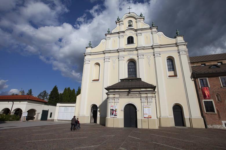 """6 marca wysłuchamy prelekcji """"Zakony i klasztory – oo. Cystersi w Mogile"""""""