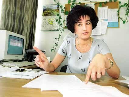 Grażyna Lachcik dyr. Gimnazjum nr 10 w Rzeszowie: - Młodzież czuje się zawiedziona spóźnioną interpretacją przepisów ministerstwa.