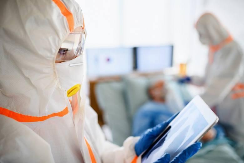 Pandemia koronawirusa w ostrym natarciu: Znowu wzrost i nowy rekord. 222 nowe zakażenia na Śląsku, a 680 w całej Polsce
