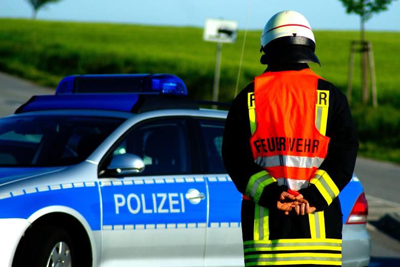 Wybierając się do Austrii należy pamiętać o odpowiednim wyposażeniu samochodu. Prawo w Austrii obliguje kierowcę do wożenia kamizelki odblaskowej. Dodatkowo