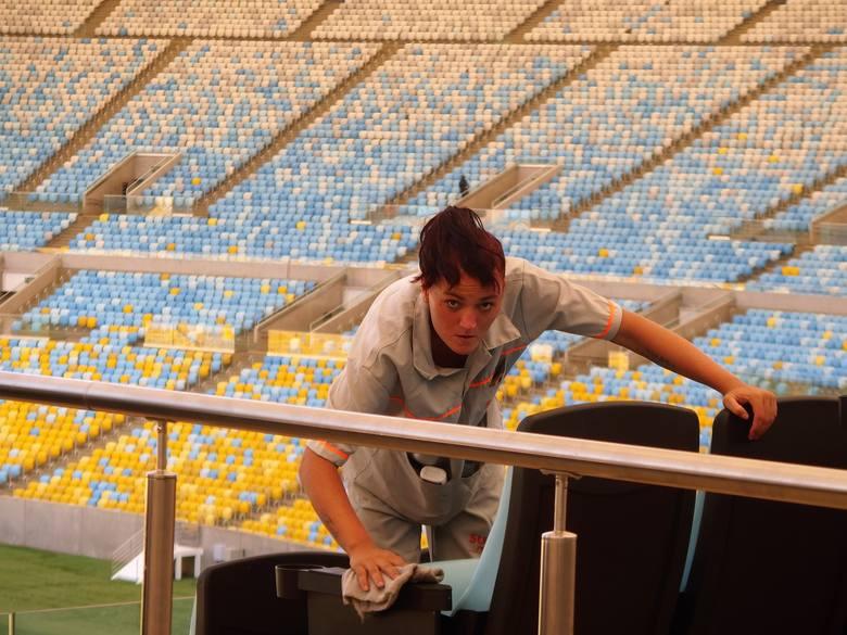 Na słynnej Maracanie trwa już odliczanie  dni do inauguracji igrzysk. Pucowane są krzesełka