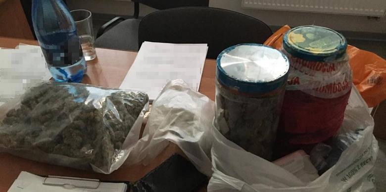 Bydgoscy policjanci przechwycili 2,5 kg narkotyków [zdjęcia]