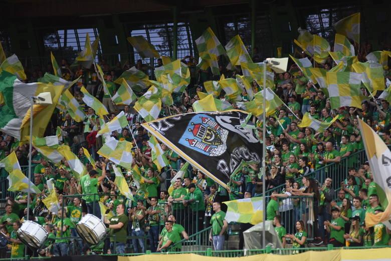 Żużlowcy Stelmetu Falubazu Zielona Góra rozegrali mecz z GKM Grudziąc. Jak zwykle mogli liczyć na wsparcie swoich kibiców. A ten był bardzo potrzebny,