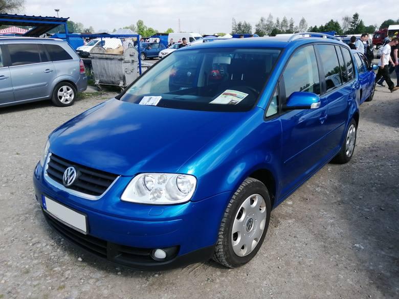 Volkswagen touran to numer 20 w zestawieniu przygotowanym na podstawie danych SAMAR. Import tego modelu w czerwcu zamknął się liczbą 785 sztuk.