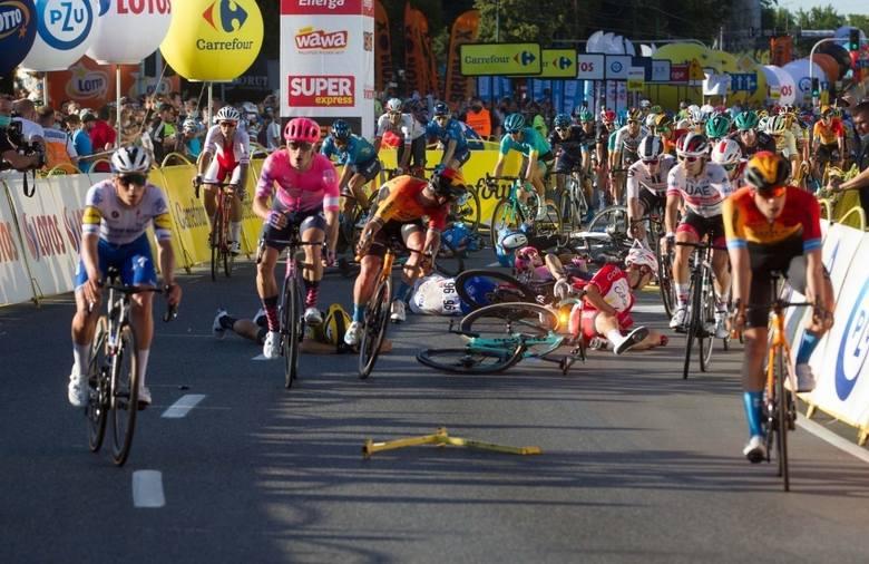 Katowice: wypadek podczas Tour de Pologne 2020. Ucierpiał wtedy Fabio Jakobsen. Teraz prokuratura przedłużyła postępowanie w tej sprawie