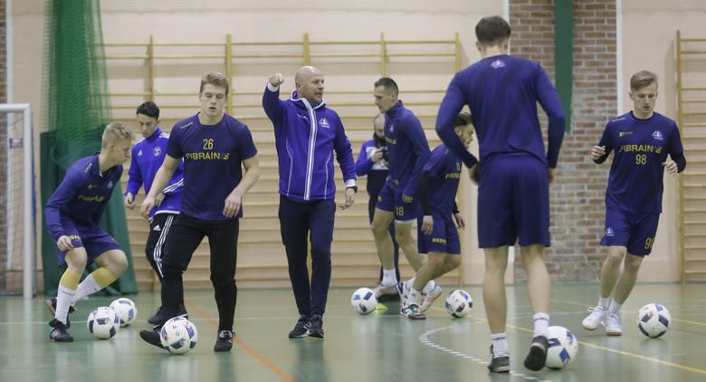 Stal Rzeszów rozpoczęła treningi w hali w Kielnarowej