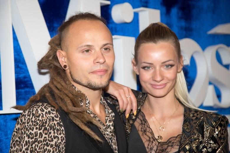Pamela Stefanowicz i Mateusz Janusz cieszą się ogromną popularnością w Internecie. Wysportowany duet youtuberów wybrał się ostatnimi dniami na rajskie